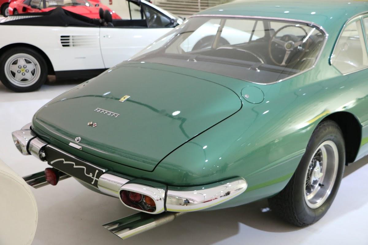 Modena - Enzo Museum 0051 - 1967 Ferrari 400 America.jpg