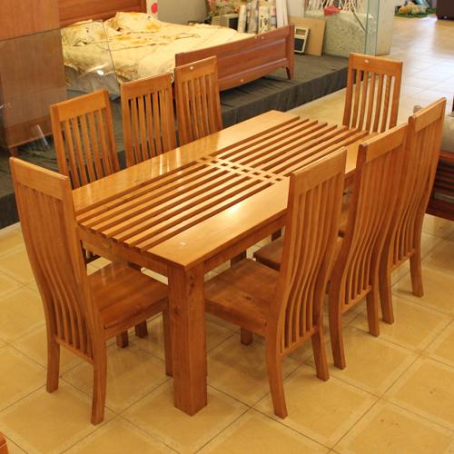 Bộ bàn ghế ăn gỗ xoan đào kiểu dáng hiện đại 8 ghế, mặt bàn được thiết kế chống cong vênh