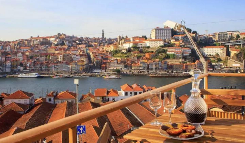 Appartement avec terrasse en bord de mer Vila Nova de Gaia