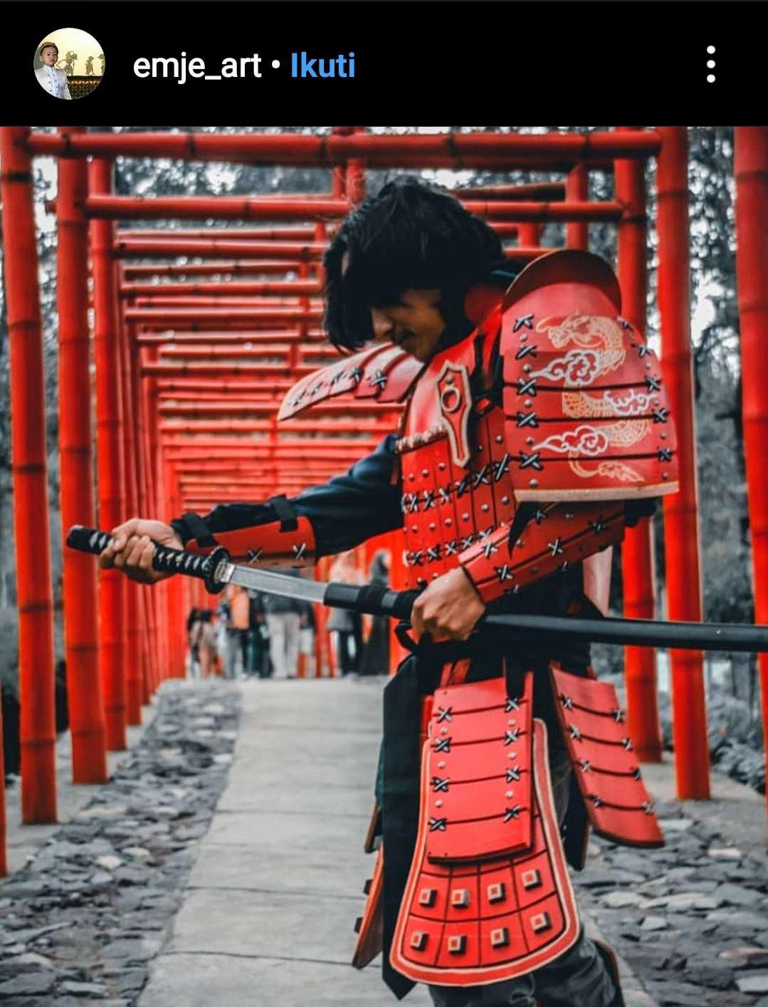 Kostum costplay di sakura hills