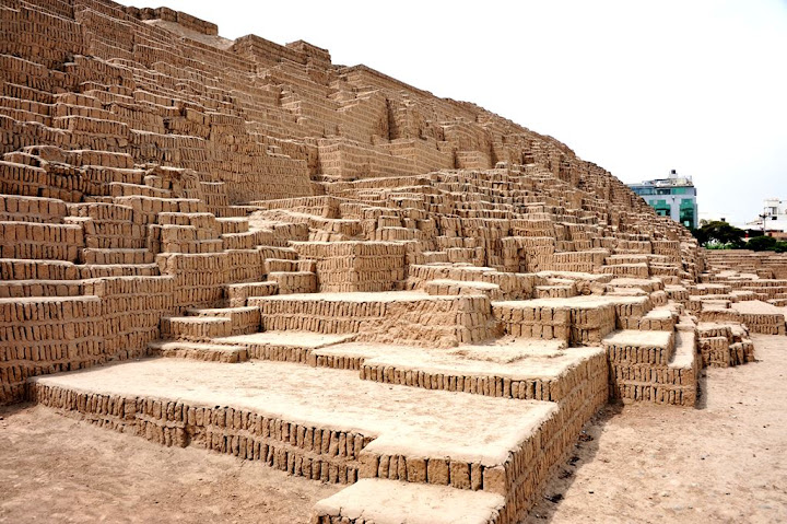 Huaca Pucllana, as ruínas de um templo no centro de Lima