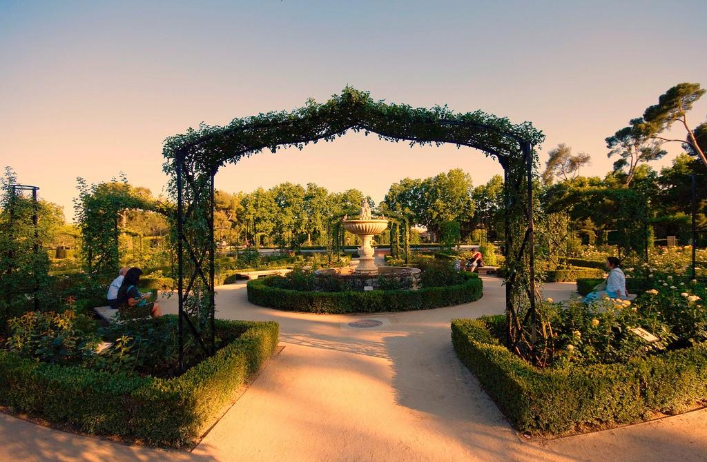 Imagenes de madrid de madrid al cielo jardines de for Jardines cecilio rodriguez