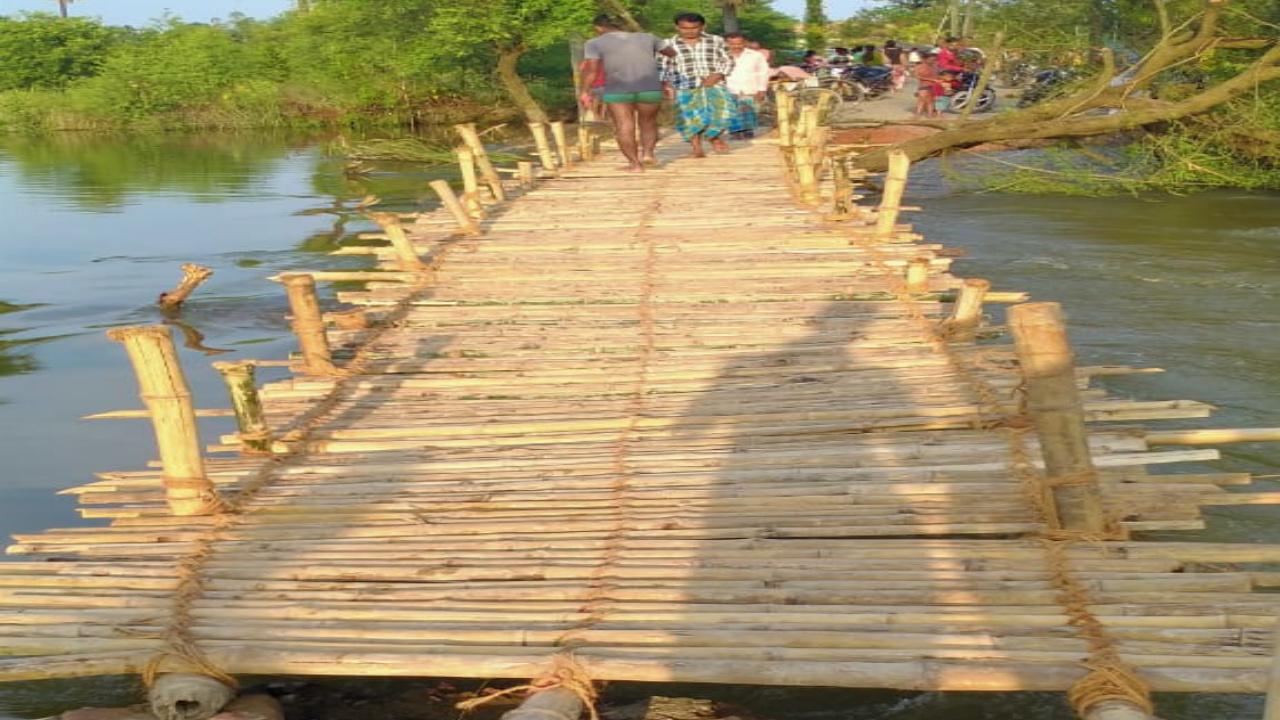 बास के चेचरा पुल निशुल्क चालू कराने पर गामीणों ने सांसद के प्रति आभार जताया