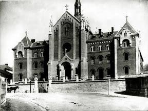 Львовский костел и монастырь францисканок