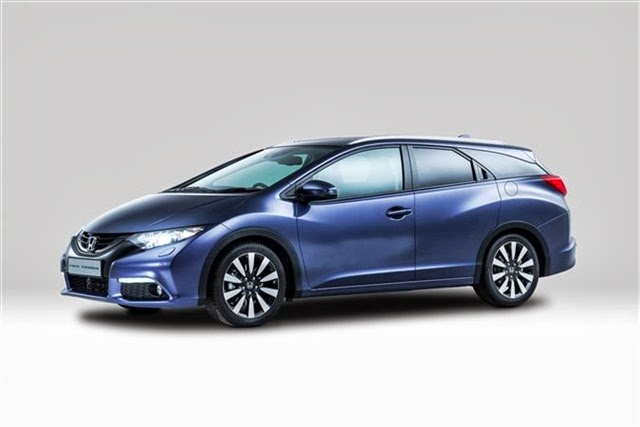 2014-Honda-Civic-Tourer-12