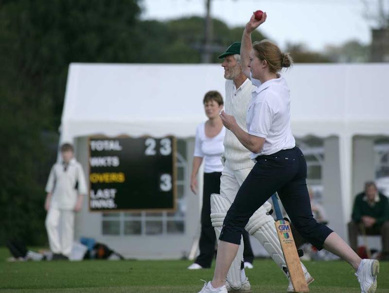 Cricket-Ladies9