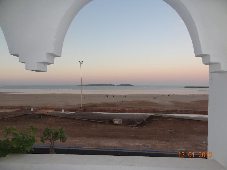 Marrocos e Mauritãnia a Queimar Pneu e Gasolina - Página 3 DSC05565