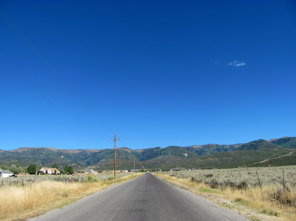 Heading back toward Pleasant Creek to Skyline Drive
