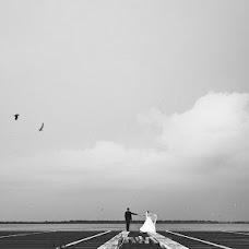Wedding photographer Maksim Denisenko (MaximDenisenko). Photo of 10.11.2013