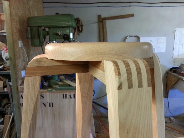 Chaise design pour petit garçon 20140314_094144