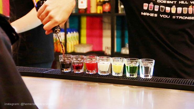 BEBENDO- ALGUNS-DRINKS- E-COMENDO-PIEROGI-blogdohemerson (1)