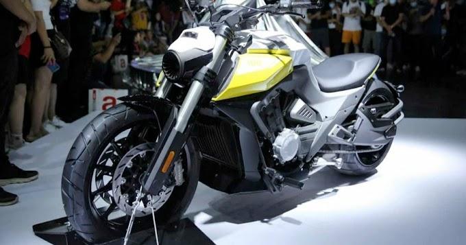 Finally Benda is working on LFC700 bike  680cc 4 cylinder to the international market.