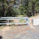 Locked gate at the car park (220988)