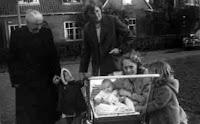 Bouwmeester, Geertrui, Ham, Aartje vd, Kooij, Geetruida, Groeneweg, Marianne 1957.jpg