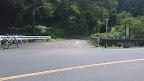 白岩の滝バス停 ここから約1km@@@512@@@288