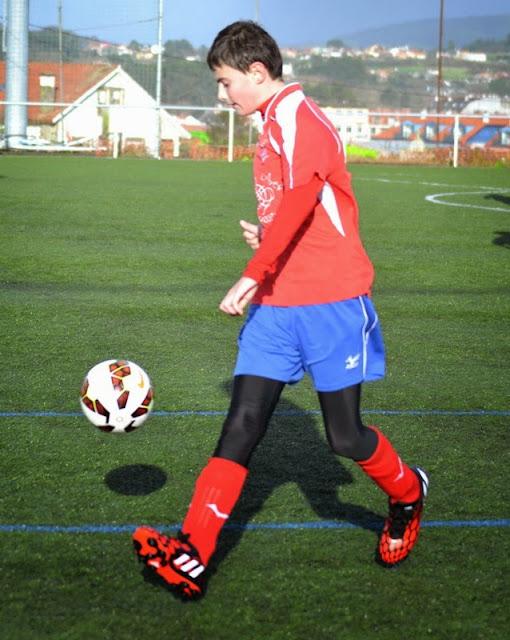 RAUL Martínez, xogador infantíl do Numancia de Ares.