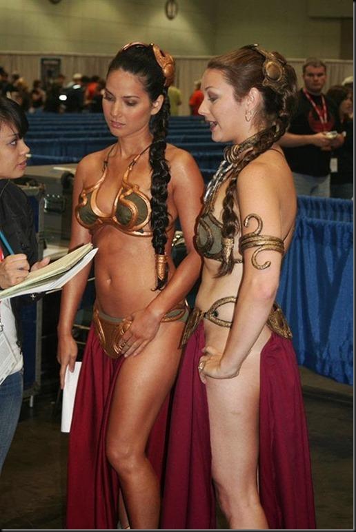 Princess Leia - Golden Bikini Cosplay_865825-0002