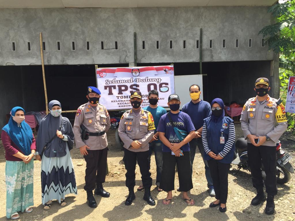 Kapolres Soppeng Dampingi Pamatwil Polda Sulsel Pantau Kesiapan Logistik dan Pengamanan di TPS