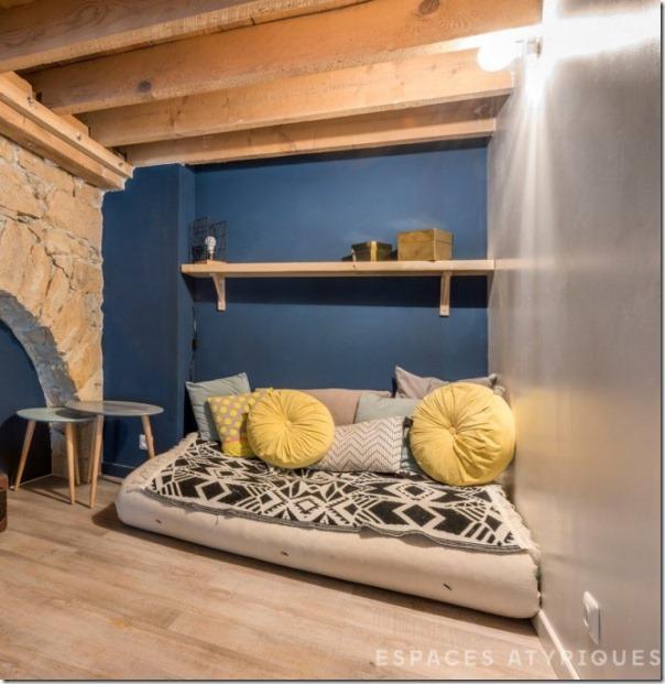 arredare-casa-soppalco-grigio-e-legno-10