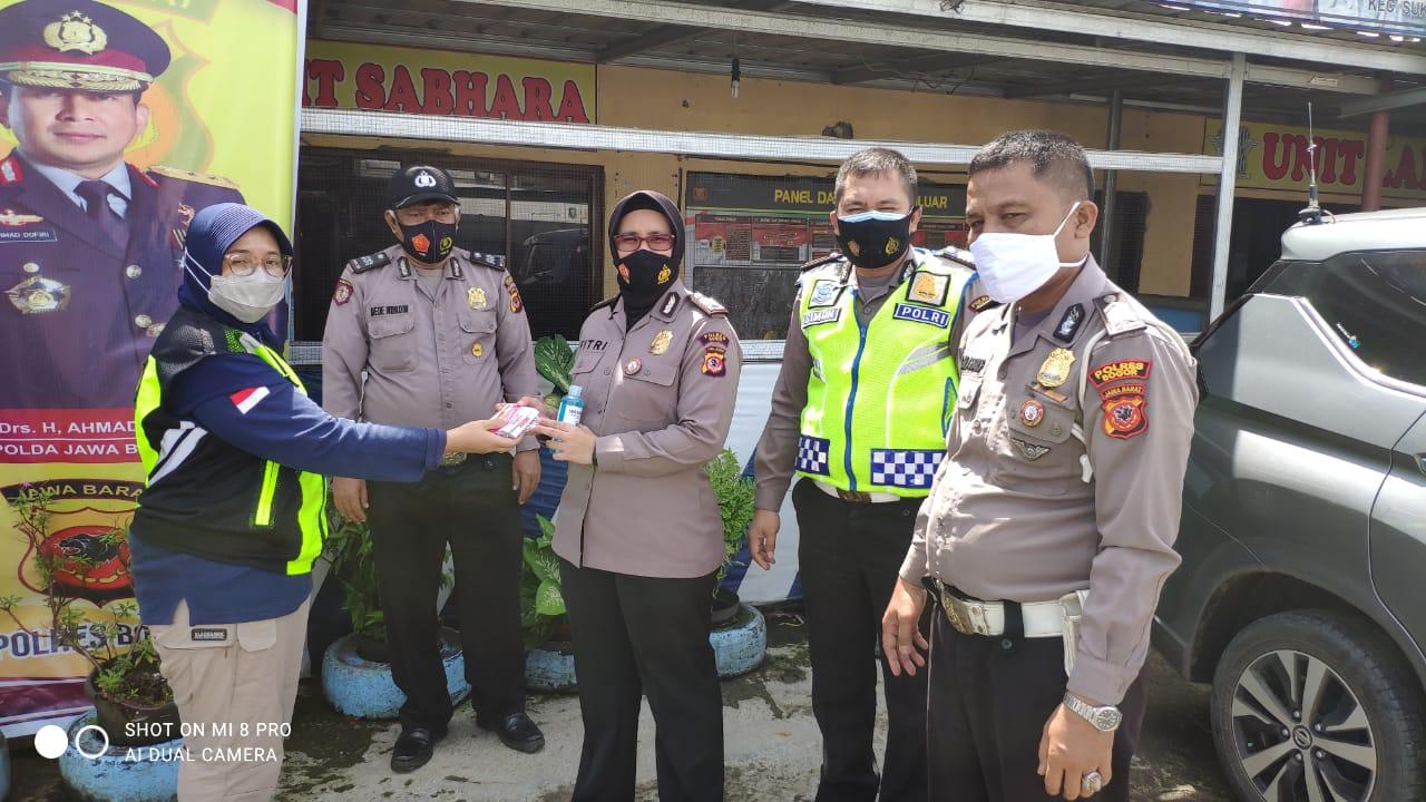 Urkes Polres Bogor Cek Standar Prokes di pos-pos Check Point PPKM