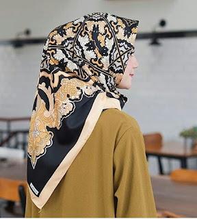 Model Hijab Segi Empat Terbaru Modis Dan Simple