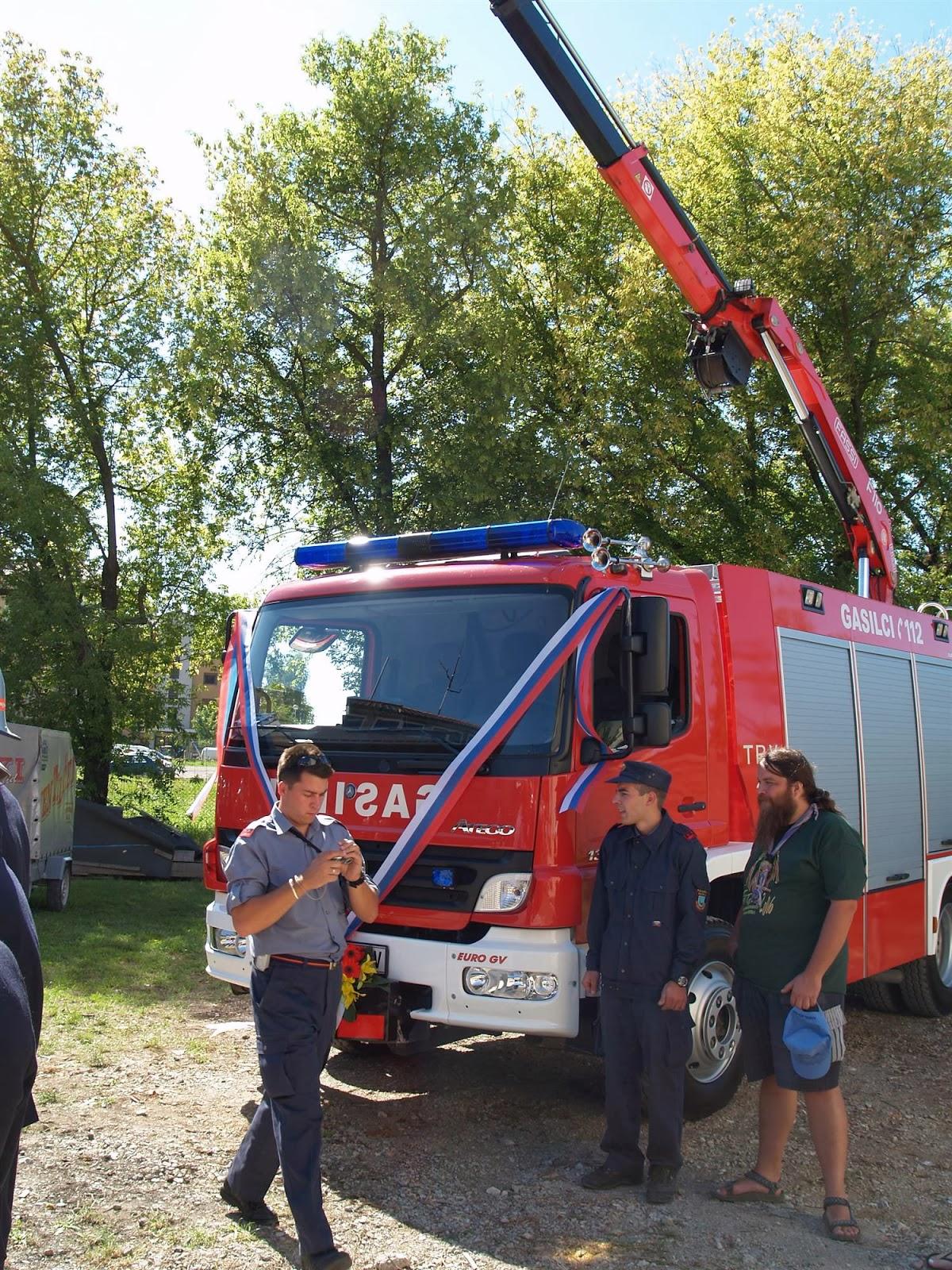 Gasilska parada, Ilirska Bistrica 2006 - P0103580.JPG