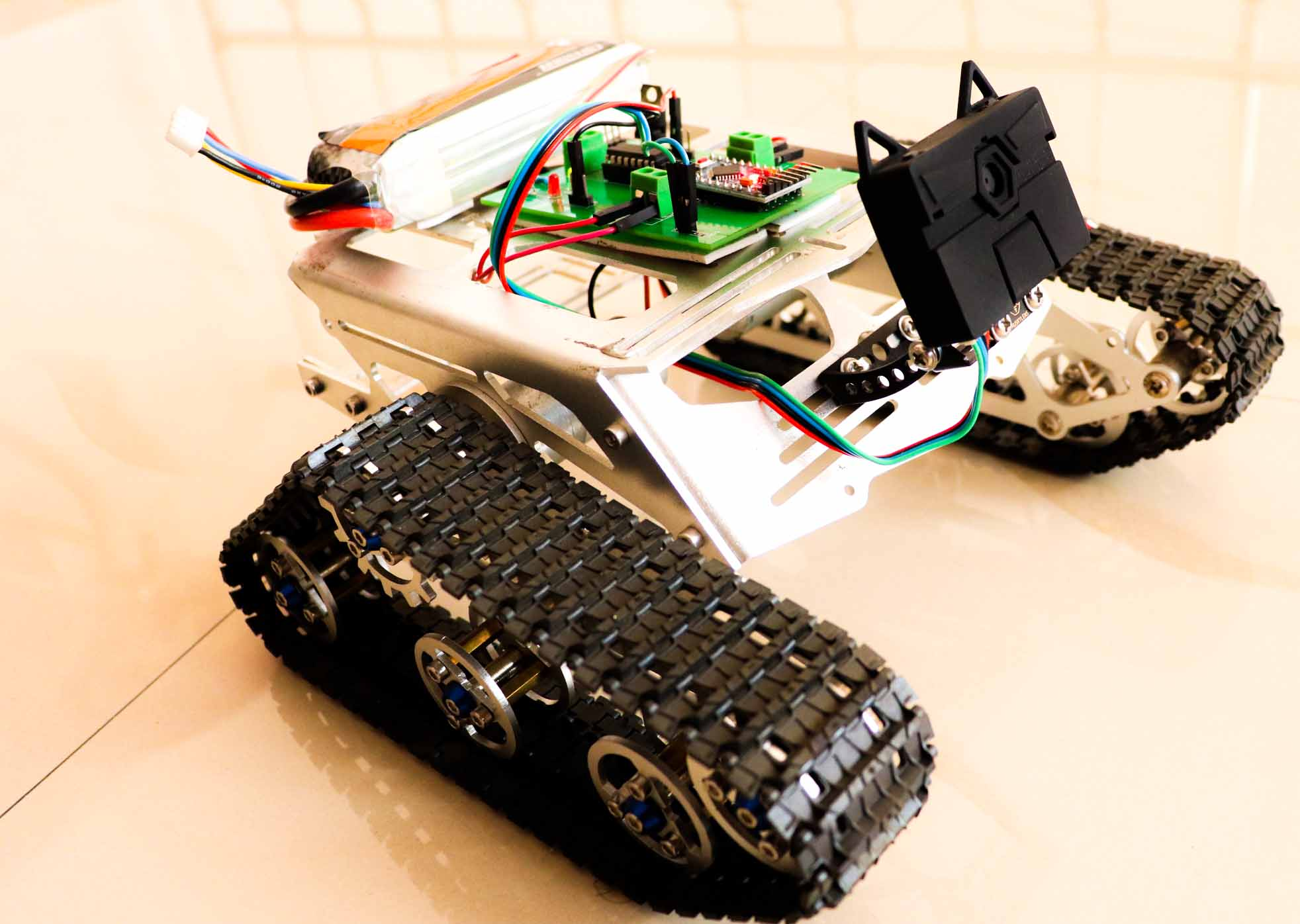 arduino object tracking Robot using huskylens