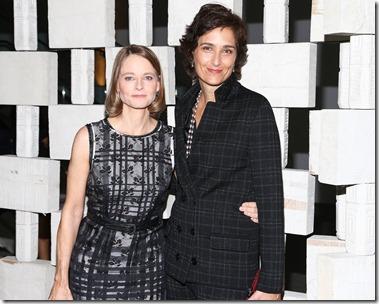 Jodie Foster, Alexandra Hedison, (wearing Bottega Veneta)