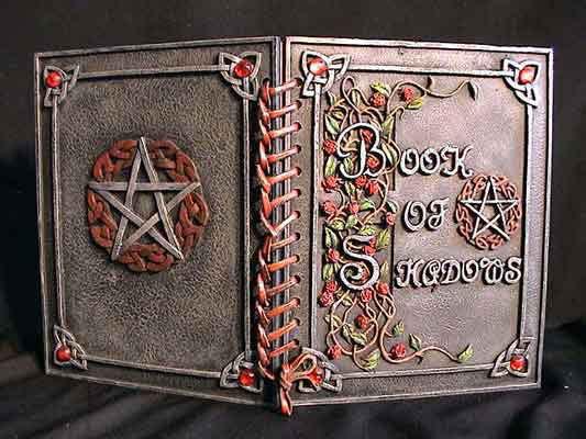 Pentagram Rose, Book Of Shadows