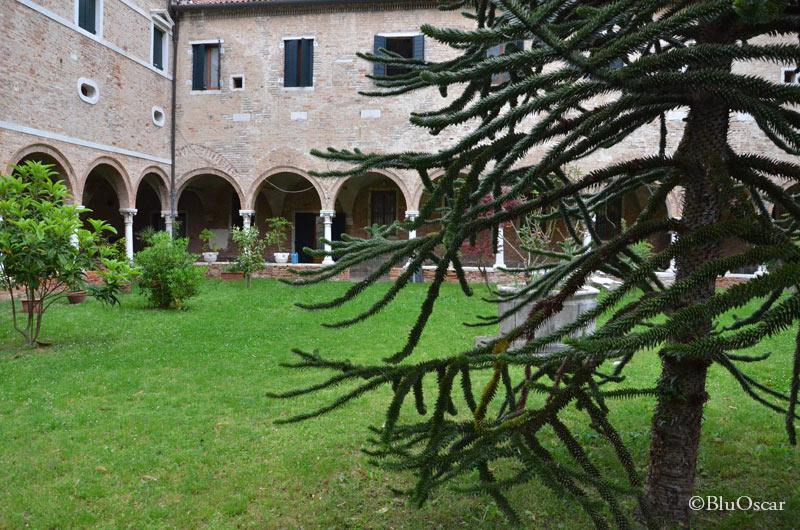 Chiostro Chiesa di Sant Elena 13 05 2016 N8