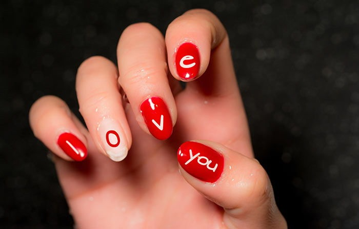 Love-Message-Nail-Manicure