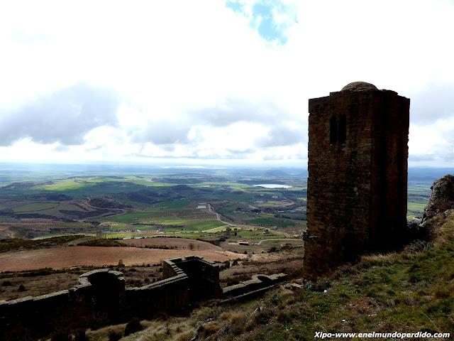 muralla-vistas-castillo-loarre.JPG