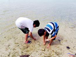family trip pulau pari 140716 Fuji 022