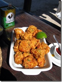 bolinho-de-camarao-restaurante-hermes-em-cumuruxatiba