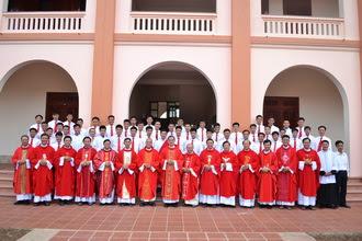 Chủng viện Phát Diệm: Thánh lễ khai giảng năm học mới 2015 – 2016