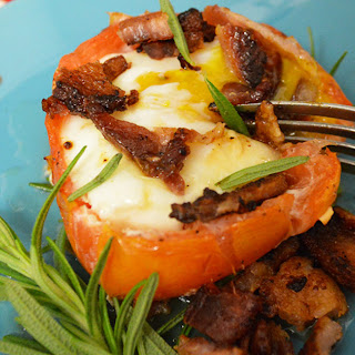 Paleo Stuffed Bacon and Egg Tomato Cups Recipe