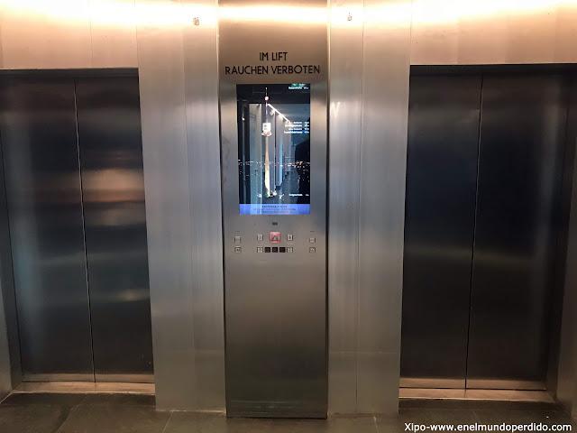 ascensor-torre-del-danubio-viena.jpg