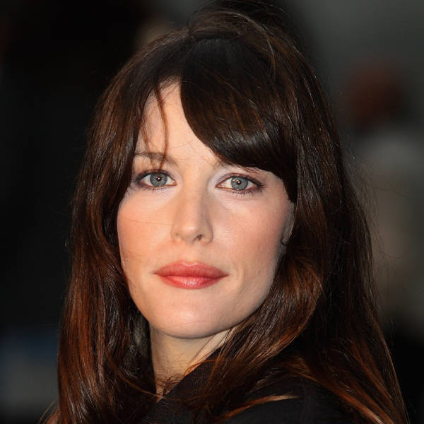 Liv Tyler: Daughter of Amerosmith's lead singer, Steven Tyler, Liv Tyler is a successful Hollywood star who married British musician Royston Langdon in 2003 only to be divorced couple of years later.