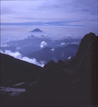 北岳から富士を望む ローライコードIII rolleicord III