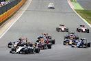 Start of the 2015 British GP midfield going into 1st corner