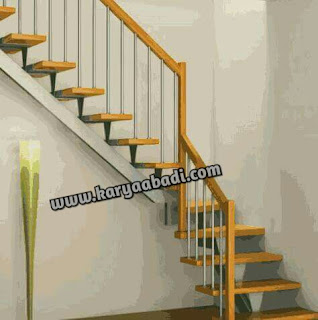 tangga besi model lurus atau rebah