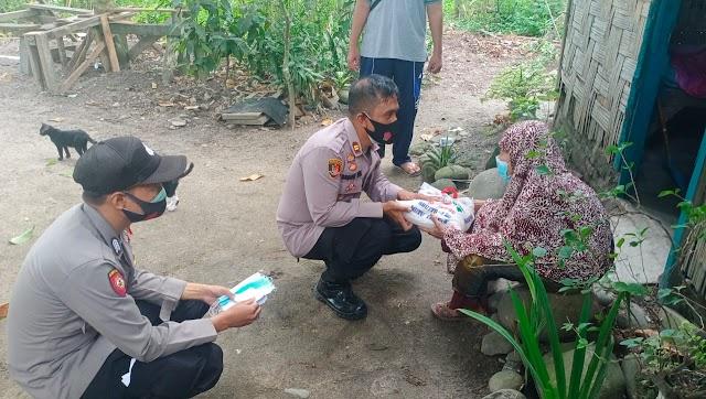 Jumat Barokah, Polsek Padang Hulu Berbagi Dengan Kaum Dhuafa Jelang Hari Raya Idul Fitri 1442.H