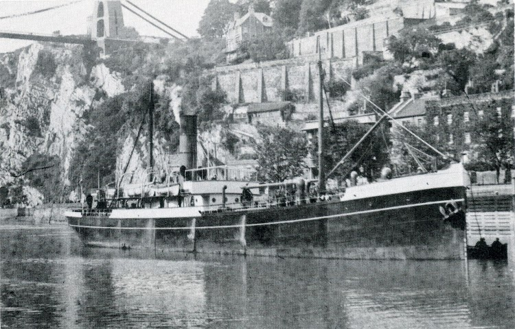 El segundo vapor nombrado GIBEL DERIF en el canal de Bristol. Foto del libro Bland Line.jpg
