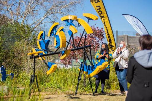 Jacqui O'Sullivan from MTN and Konehali Gugushe, CEO of the Nelson Mandela Children's Fund, the founder of NMCH, unveiled the artwork at Nelson Mandela Children's Hospital last week.