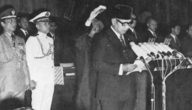 Soeharto dilantik menjadi presiden 26 maret 1968