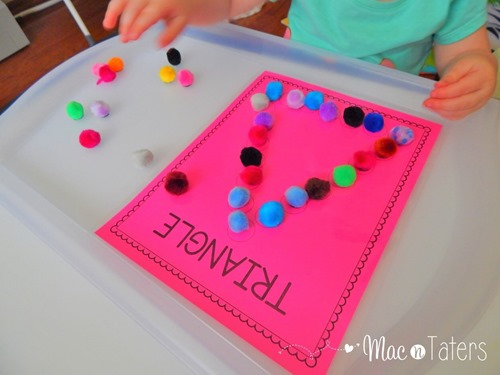 These shape do-a-dot/magnet pages are a great fine motor activity for toddlers and preschoolers. While practicing their fine motor skills, children can also practice their shapes.