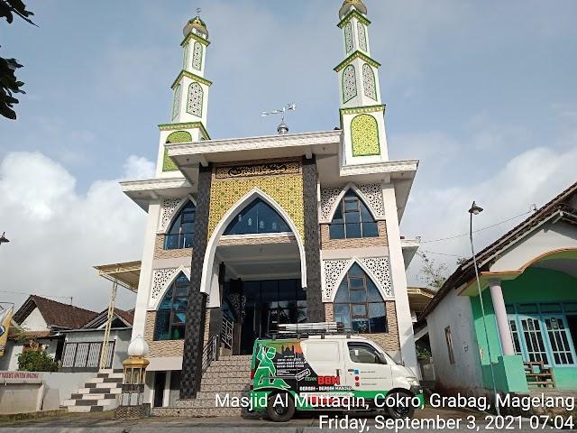 Bersih masjid Al Muttaqin, Cokro, Grabag, Magelang