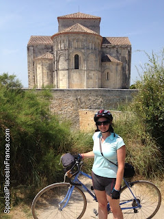 french village diaries Talmont sur Gironde summer cycling