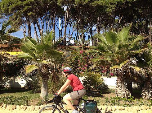 Miri auf dem Camino Verde, der Strandpromenade zwischen Marbella und Puerto Banus