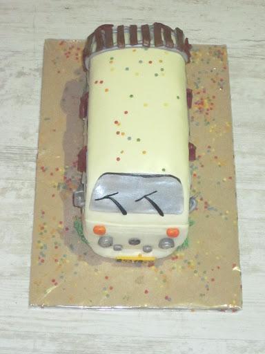 904- VW wit busje taart.JPG